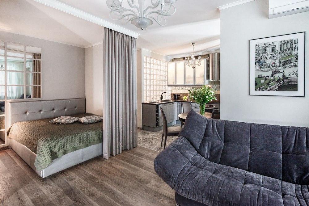Перепланировка однокомнатной квартиры в студию почти 39 м в Москве.