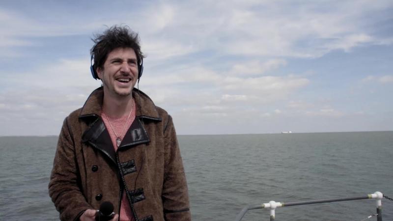 Микрофоны SHURE MOTIV, запись звука «в полях» с продюсером Полом Уайтом.