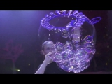 Ana Yang Gazillion Bubble Show