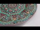 Точечная роспись декоративной тарелки.