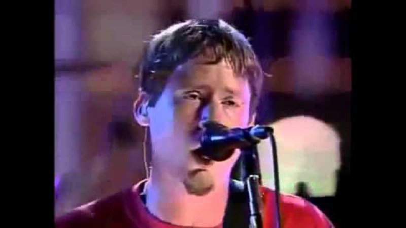 TRUSTcompany - 04 Falling Apart (Rock and Roll Hall of Fame, Cleveland, Ohio, USA 24/07/2002)
