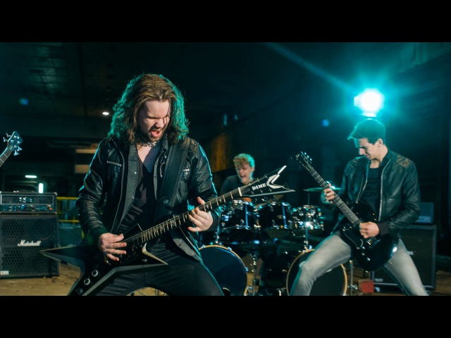 Tonic Breed Strife [Official Music Video]