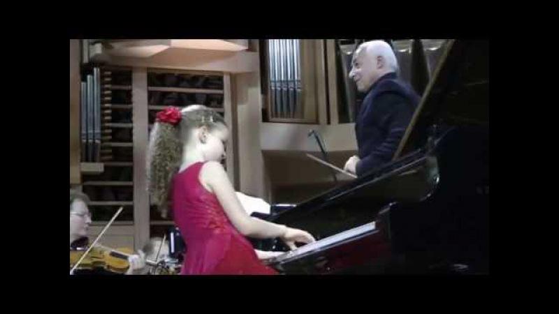 Varvara Kutuzova 10yo Mozart Rondo K.382 D-dur ММДМ