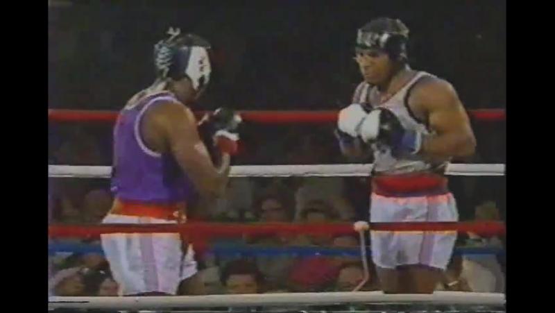 Mike Tyson - Henry Tillman - I (amateur) 1984-06-10