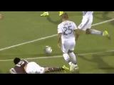 Steven Gerrard no tuvo piedad con rival y lo 'fusiló' cuando estaba en el piso 1