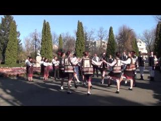 Dans in Gradina Botanica - Ansamblul folcloric Rapsodia si Orchestra Hora din Iasi