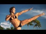 Сильнейшая девушка-боец ММА приняла участие в фотосессии для популярного журнала «Sports Illustrated Swimsuit»