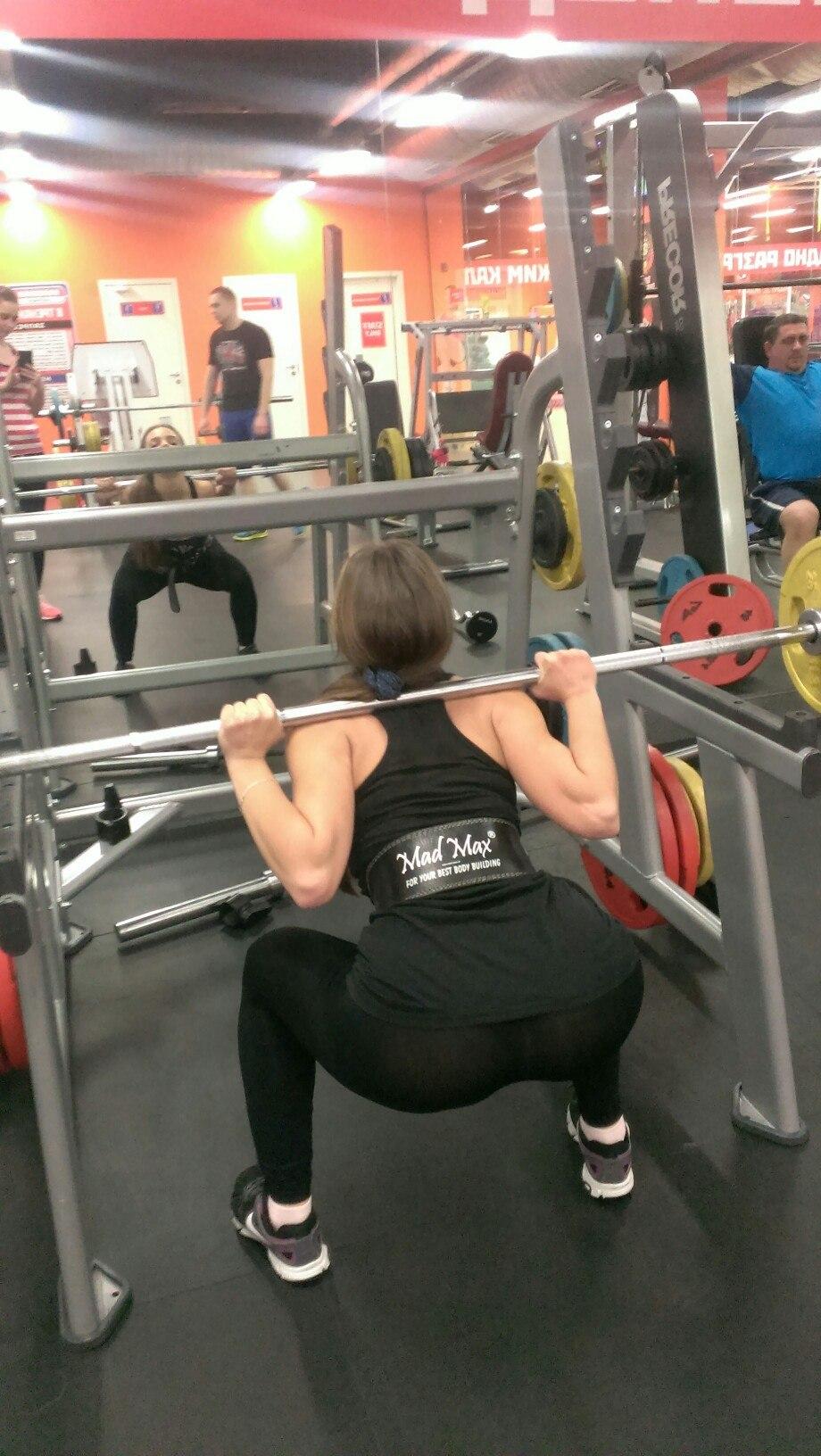 Фото девушек в спортзале 3 фотография