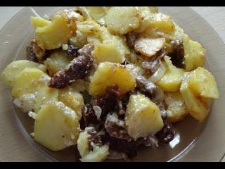23. Мясо с картошкой в духовке. Meat and potatoes in the oven