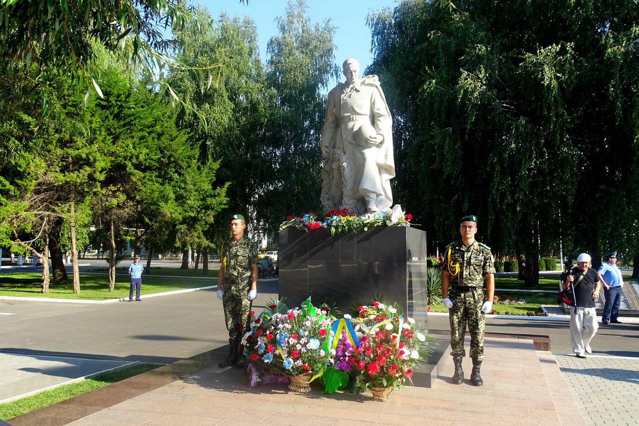 73TPDRDDWHQ Благодатная память: Измаил отмечает День освобождения города от нацистских оккупантов