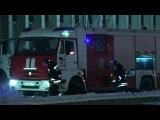 Пожарные продолжают тушить огонь в здании библиотеки ИНИОН РАН в Москве - Первый канал