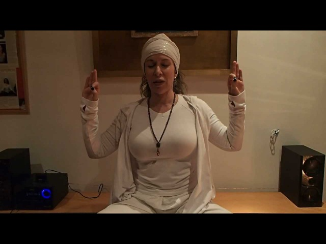 Video Mantra Prosperidad - Prana, Apana, Sushmana Hari, Hari Har, Hari Har, Hari Har Hari.
