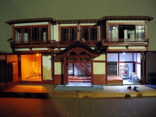 Кукольные домики с историей