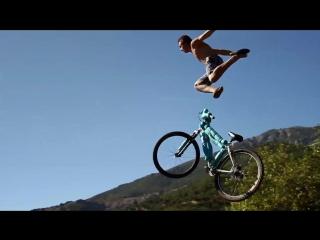 Devin super tramp huge bike jump into a pond 35 feet in the air