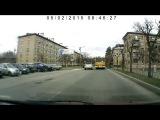 Обгон на пешеходном переходе - Снежинск 2 мая 2015