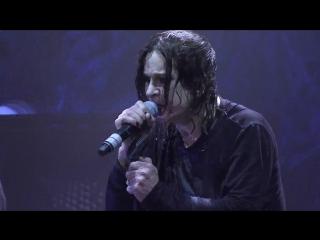 Black Sabbath - Paranoid (Live....Gathered In Their Masses 2013)