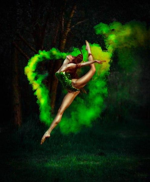 Цветное дыхание. В текстах даосизма часто можно встретить упоминание о Цветном дыхании.  Ag-PvBcj_fc