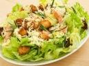Как приготовить правильно салат Цезарь, мастер класс от шеф повара