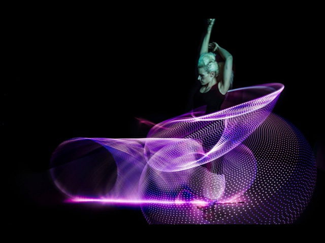 Amazing Hula Hoop Dancer Lisa Lottie Spins 6 Phoenix Hoops