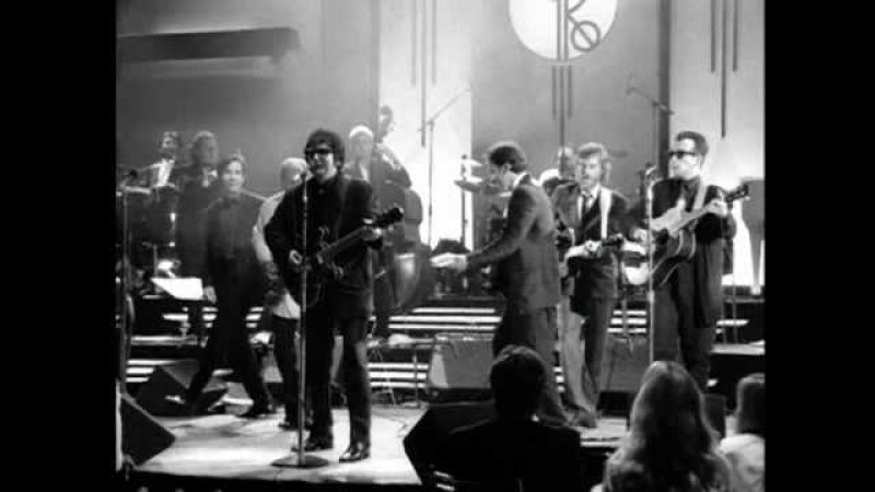 Roy Orbison - Oh, Pretty Woman (from Black White Night)