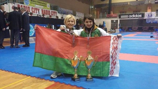 Дарья Машаро и Вероника Домбровская