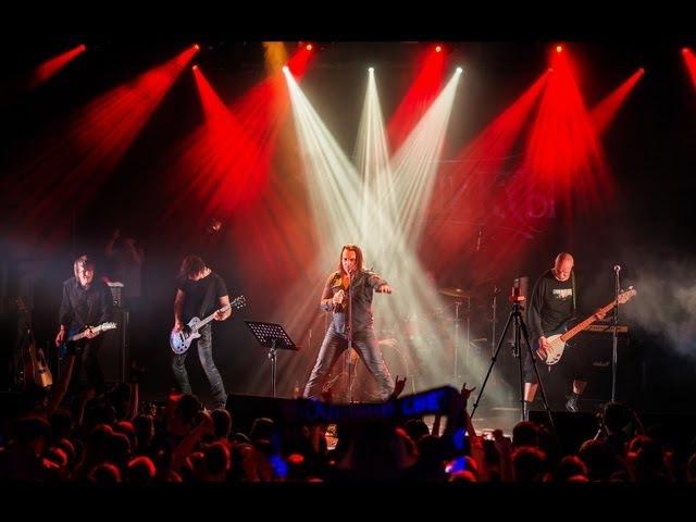 Кукрыниксы - концерт в клубе «Космонавт» (Live «15 лет» Питер)