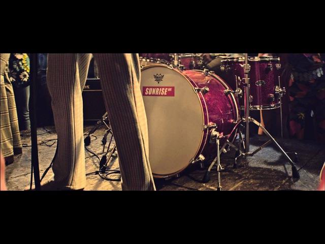 Sunrise Avenue -- I Don't Dance (Official Video)