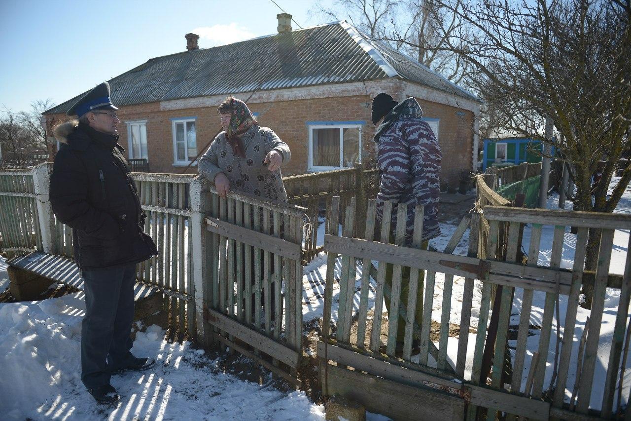 В Ростовской области вет.врачи при поддержке СМИ смогли взять кровь на бруцеллез у неисследованного поголовья КРС