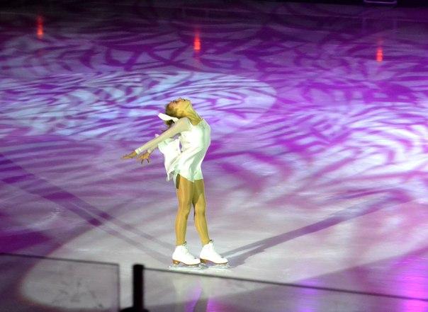 Ледовые шоу - 3  - Страница 5 TUn8azysE9Q