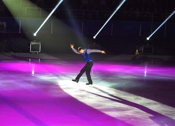 Ледовые шоу - 3  - Страница 5 M-yeY7Buk40