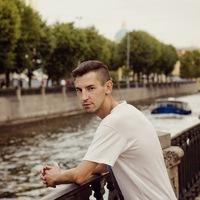 Андрей Истомин