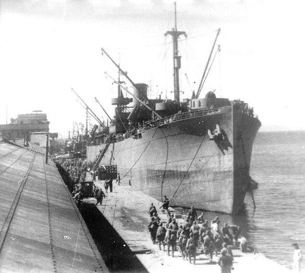 Посадка десанта на корабль с Последующей отправкой на Курилы (Камчатка)