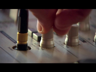 DJ Frankie Wilde - I Need to Feel Loved