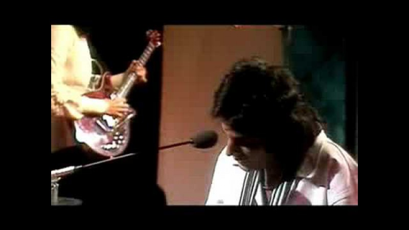 Queen - Good Old Fashioned Lover Boy (Top Of The Pops, 1977)