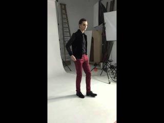 Model fast posing cataloge king  ( male Coco Rocha ) Filip Timotijevic