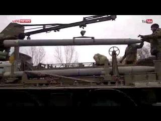 Украинские военные пишут на ракетах «Ураган» «Сдохните, твари!»