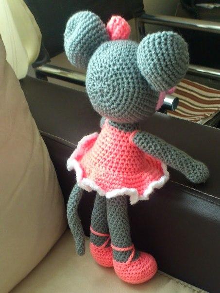 Мышка балерина амигуруми.