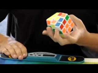 рекорд мира по скоростной сборке кубика рубика одной рукой