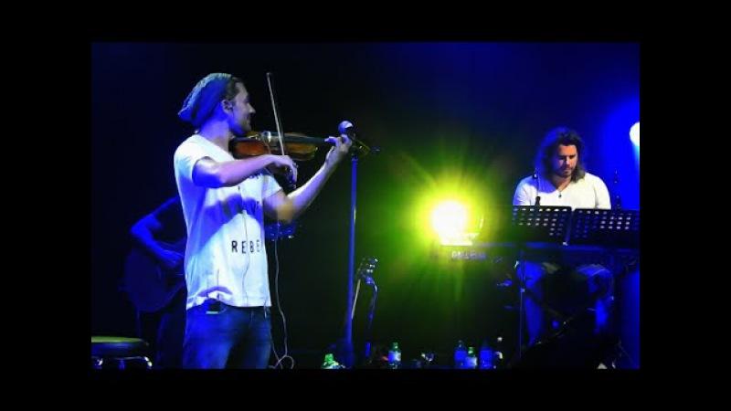 David Garrett mit seiner Band, O sole mio