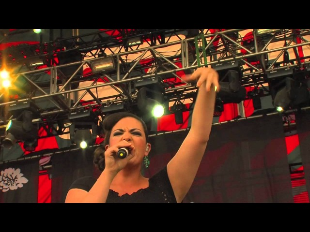 Caro Emerald Live - Back It Up @ Sziget 2012