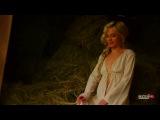 Певица Полина Гагарина пробежала босиком по пашне и попрыгала топлес на сеновале (Девушка MAXIM)