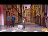 Бабушка переходит дорогу  Уральские пельмени