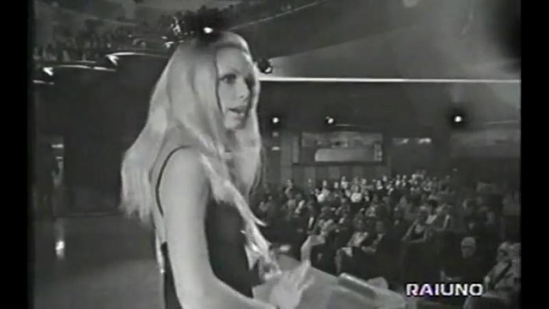 Patty Pravo ♫ La bambola ♪ 1968