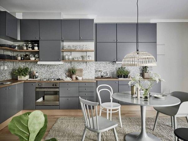 Интерьер кухни в сером цвете, фото, мышиный серый