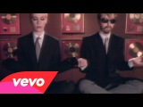 Eurythmics - Sweet Dreams Are Made Of This Official Video