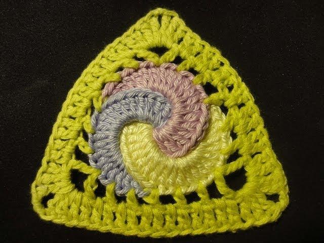 Треугольный мотив с кольцами Triangular motive with rings Crochet