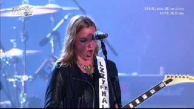 Hollywood Vampires Rock In Rio 2015 feat Lzzy Hale Whole Lotta Love and Jeepster