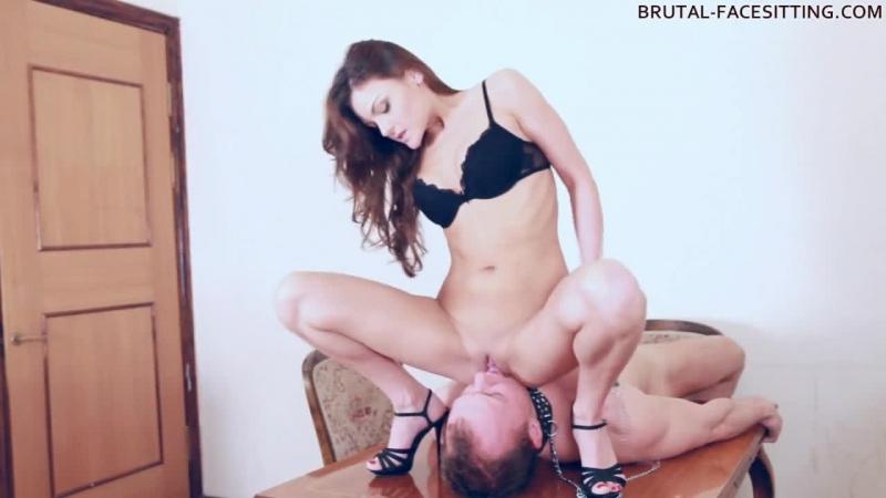 porno-facesitting-onlayn