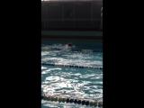 Заплыв на 100 метров комплексным плаванием