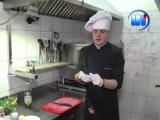 Страва від шефа 2. Рулет із телятини із соусом з італійських томатів